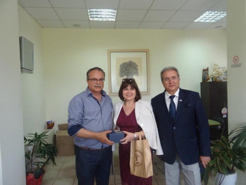 Συνάντηση Δημάρχου Πλατανιά Γ. Μαλανδράκη με τη νέα πρέσβειρα της Σλοβακίας στην Ελλάδα