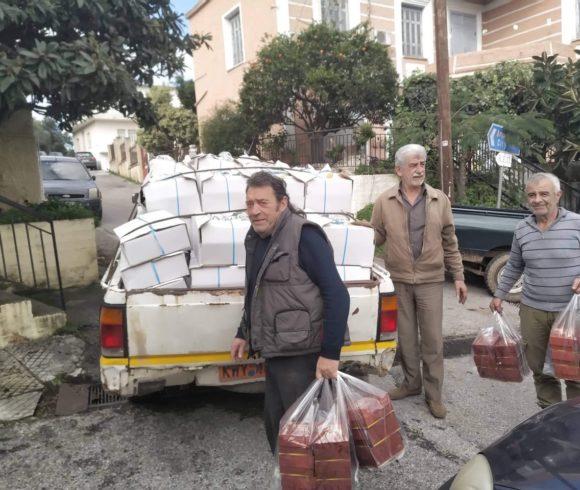 Διανομή τροφίμων στους δικαιούχους του Κοινωνικού Παντοπωλείου στο Δήμο Πλατανιά